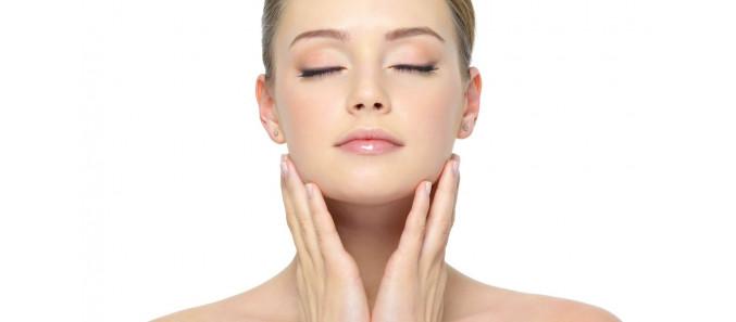3 важнейших совета от косметологов по уходу за кожей лица, которые помогут вам всегда оставаться красивой
